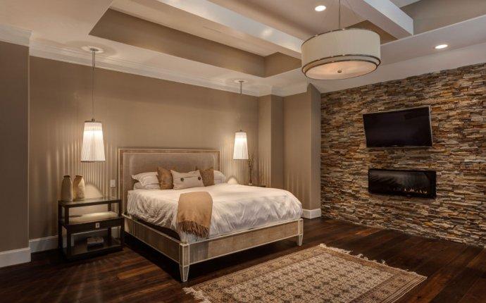 Декоративный камень в спальне: особенности, фото
