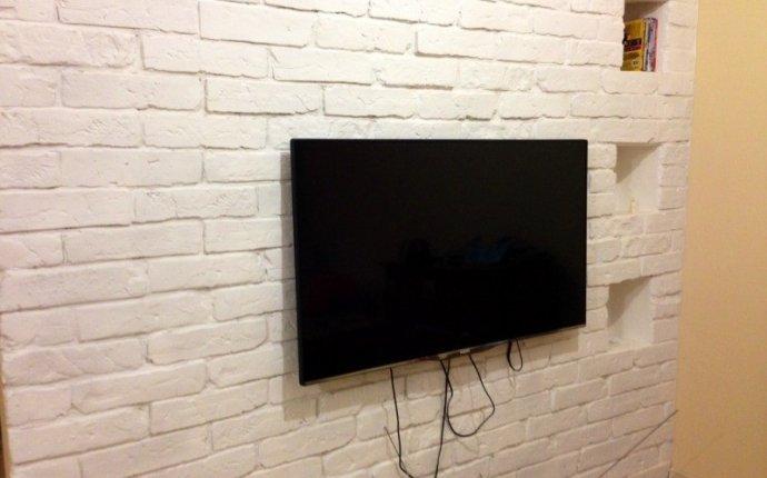 Декоративный камень в зоне телевизора – оформляем интерьер со вкусом