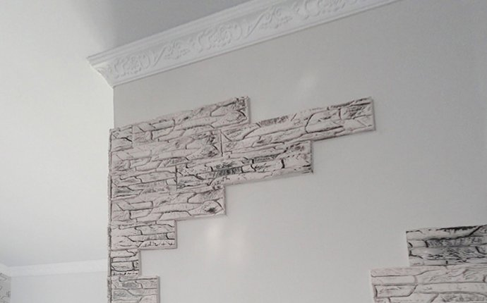 Гипсовая декоративная плитка - универсальный, но капризный материал