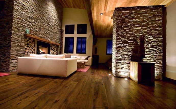Отделка стен декоративным камнем в спальне и гостиной. 33 варианта